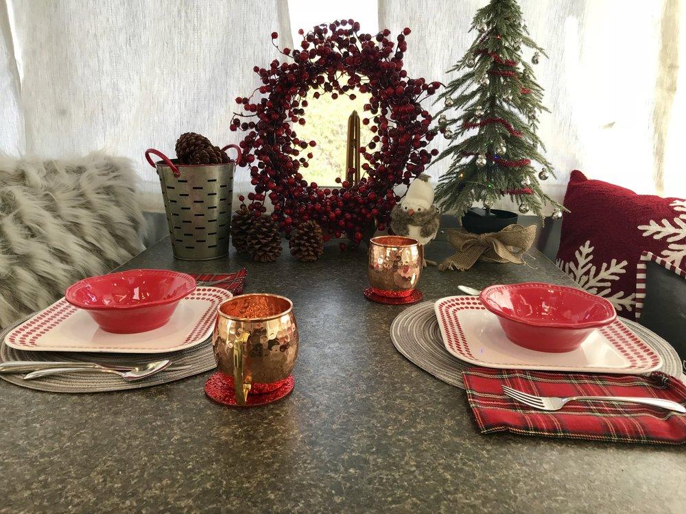 Christmas Table Close 2.jpg