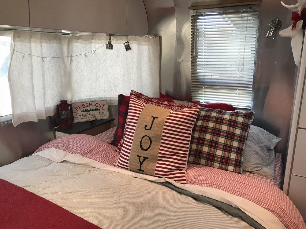 Christmas Bed 2.jpg
