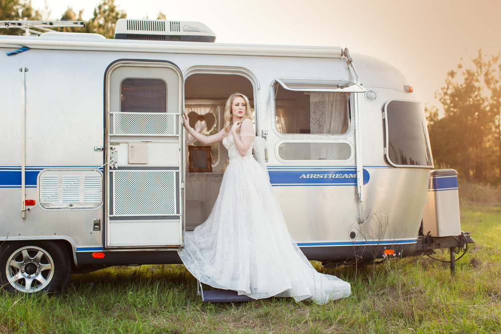 Airstream Bridal Suite1.jpg