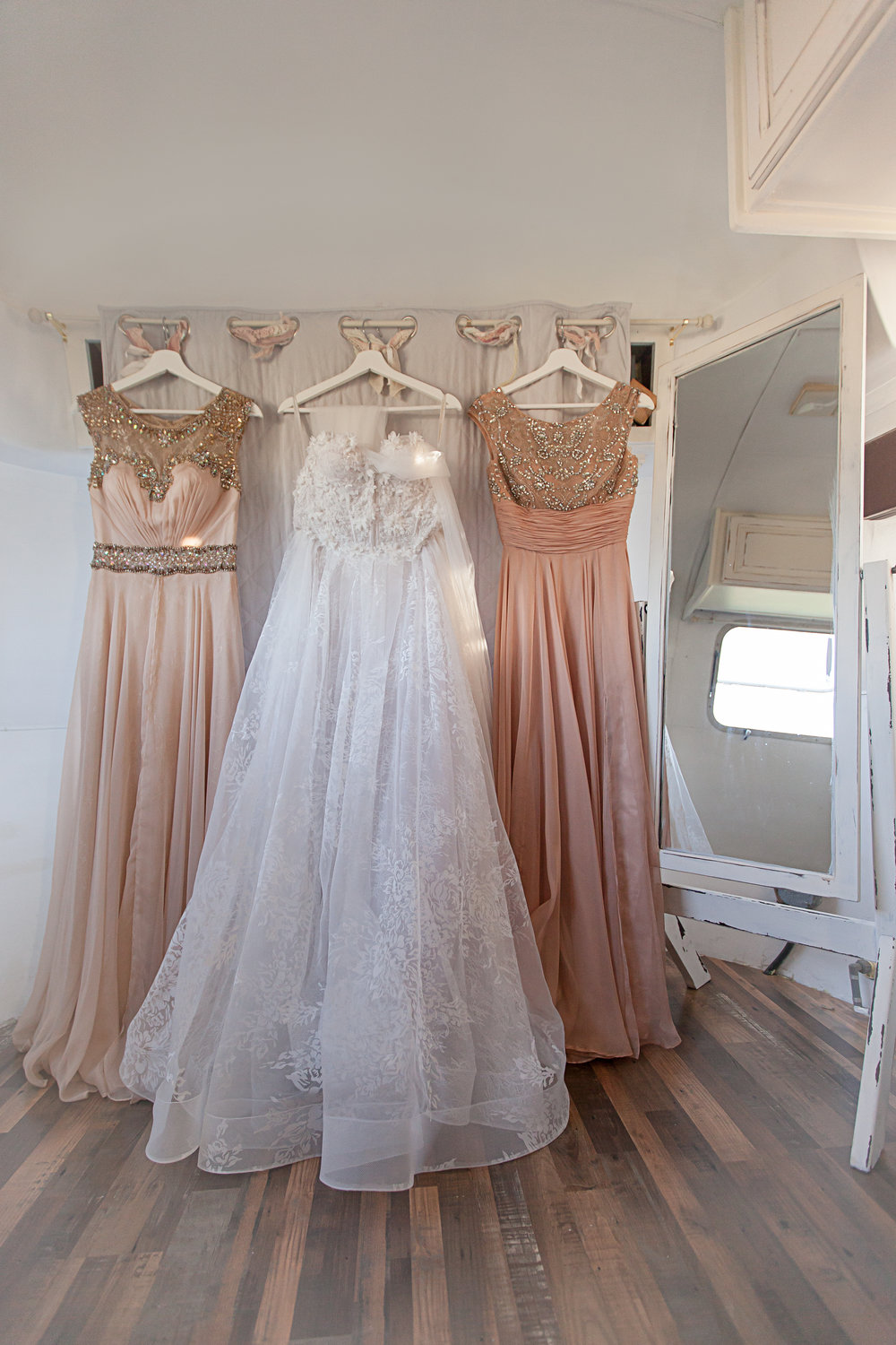 Airstream Bridal Suite3.jpg