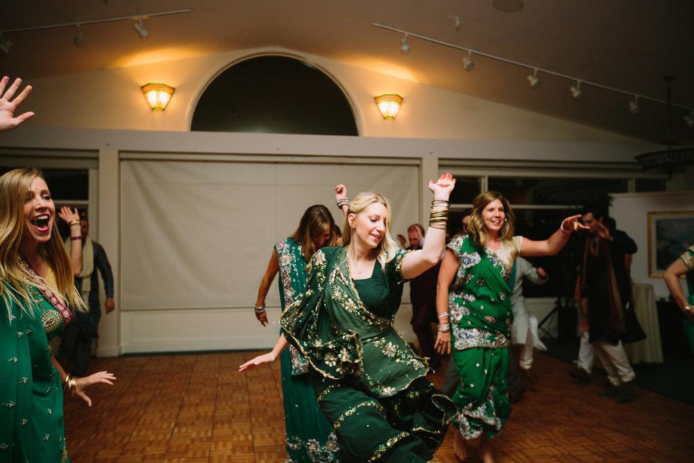 Calgary_Wedding_Photographers0061.jpg