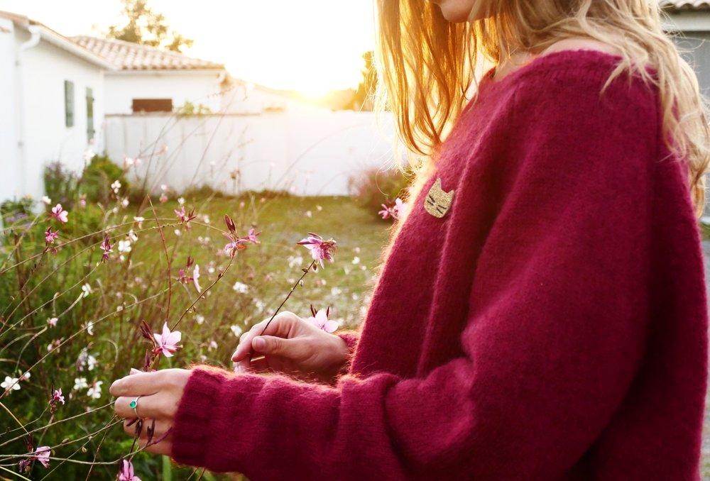 Look coucher de soleil automnal ... Pull doux et mousseux :  Ekyog  - Détail broche made in La Rochelle :  Tendre Cactus