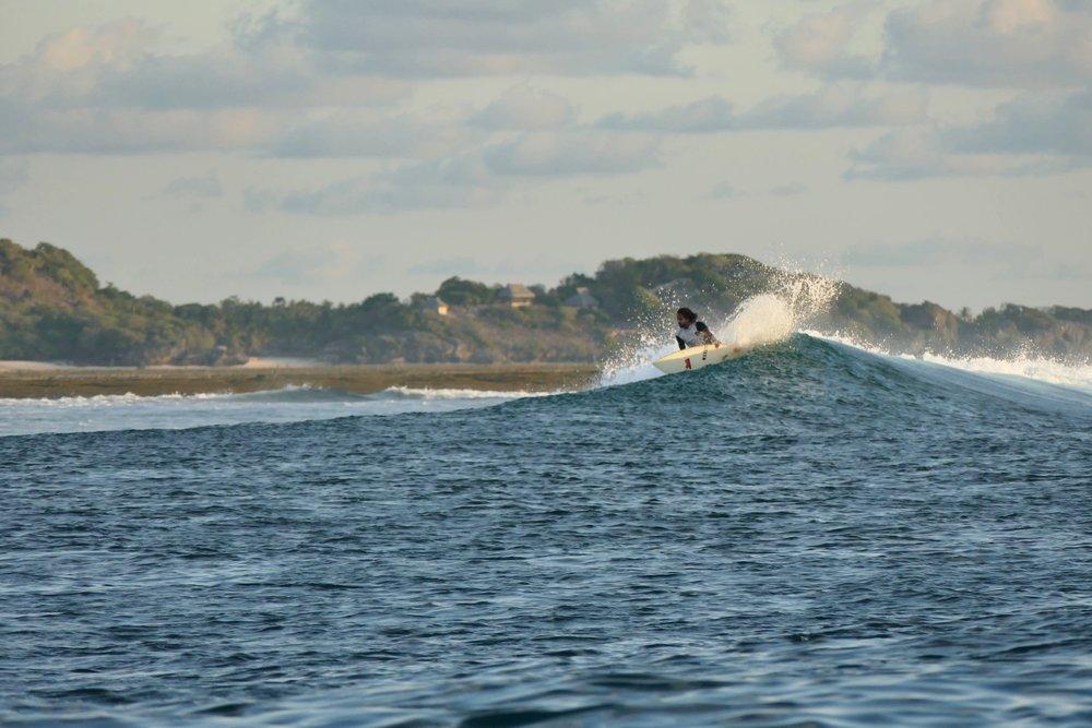 Surf Rote Island Indonesia (3).jpg