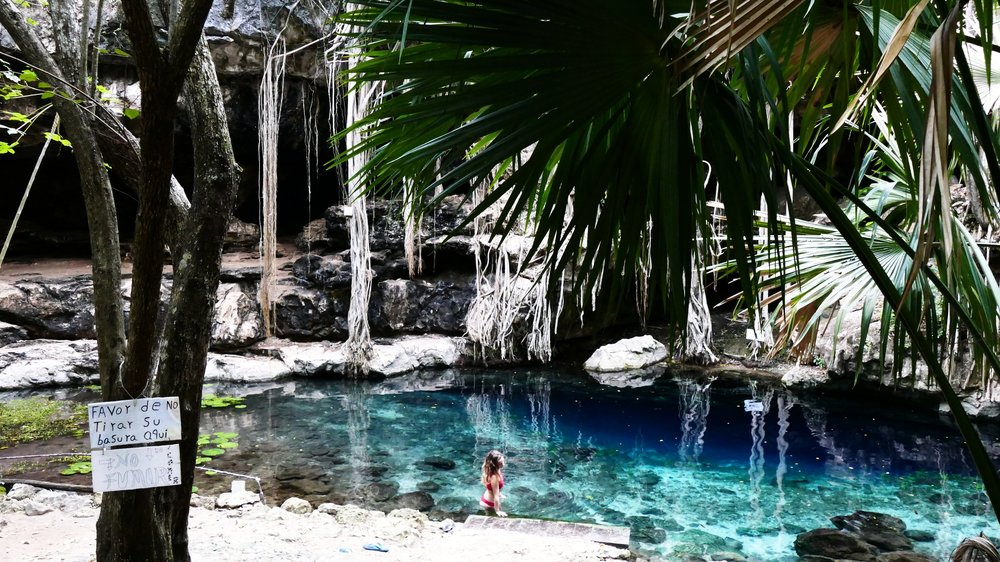 Cenote Xbatun Mexico (70).JPG