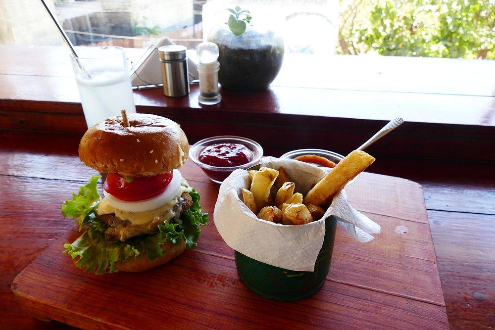 Veggie Burger, Restaurant Spirulina, Puerto Escondido, Mexique