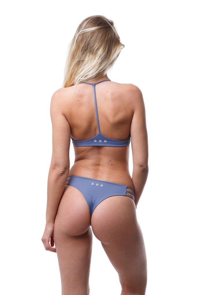 Belles-des-pins-maillot-de-bain-tanga-bikini-swimwear-swimsuit-eshop-Tropicalis-trois-tresses-fanatic-2_b0595f51-c7ad-4cf1-8bde-003873c36e40_1024x1024.jpg