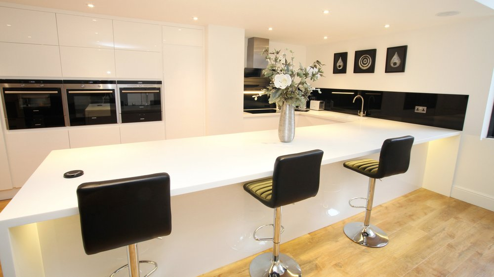 Introducing:Fortis 38mm Pre Formed Worktops - Product Colour: Pure WhiteProduct Code: A-104