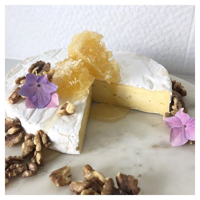 Triple Cream Brie and honeycomb will always be a reason to Celebrate 😍✨