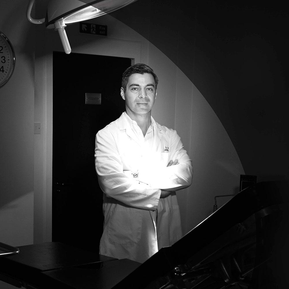 111-Skin-Brand-Page-Dr.-Yannis-Alexandrides.jpg