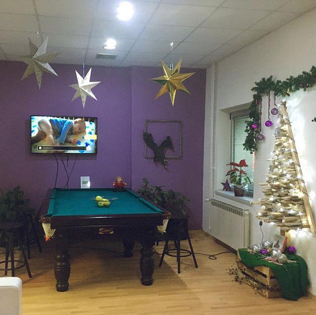 Christmas is coming! 🎄🤗🌟🎊🎁#christmas #christmasdecorations #newyearspirit 🎉