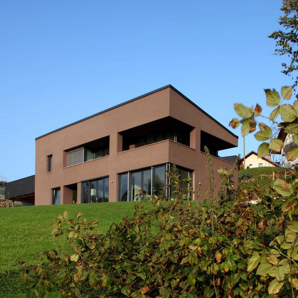 HOUSE RUPENA  2008