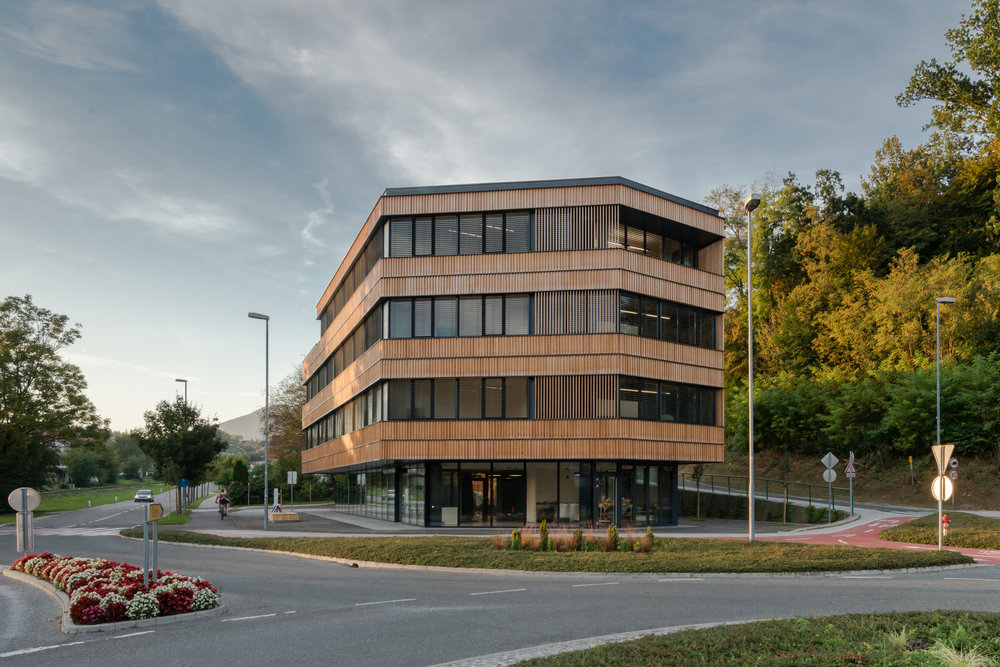 POSLOVNI CENTER VRELEC  september 2018