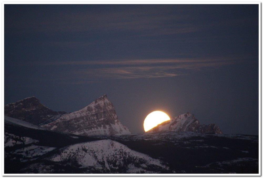 Moonset over Gable