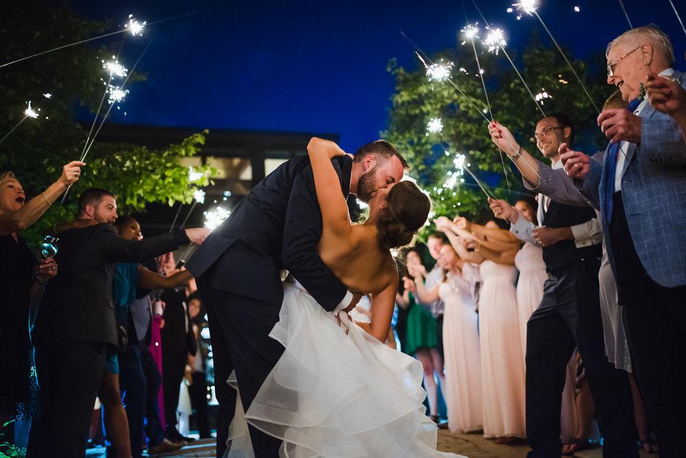 columbus-ohio-destination-wedding-photographer-8.jpg