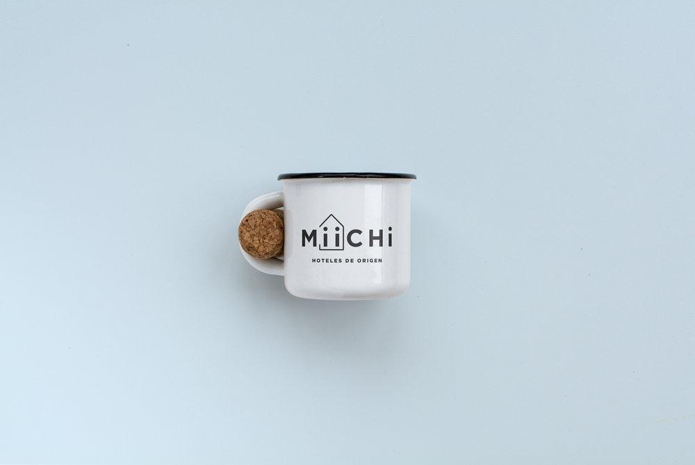 Brujita Miichi Branding