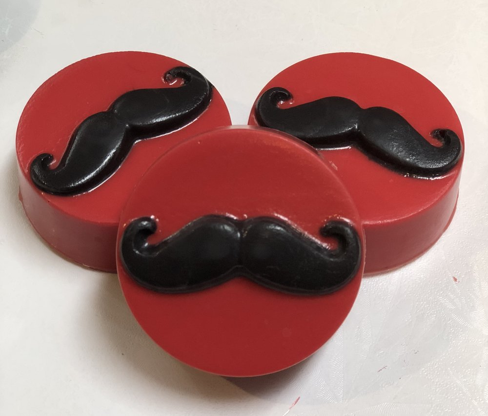 Mustache Oreos