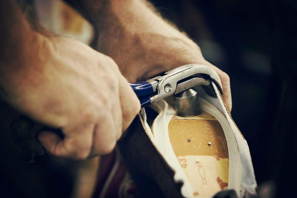 austin-walsh-studio-projects-justin-boots-06.jpg