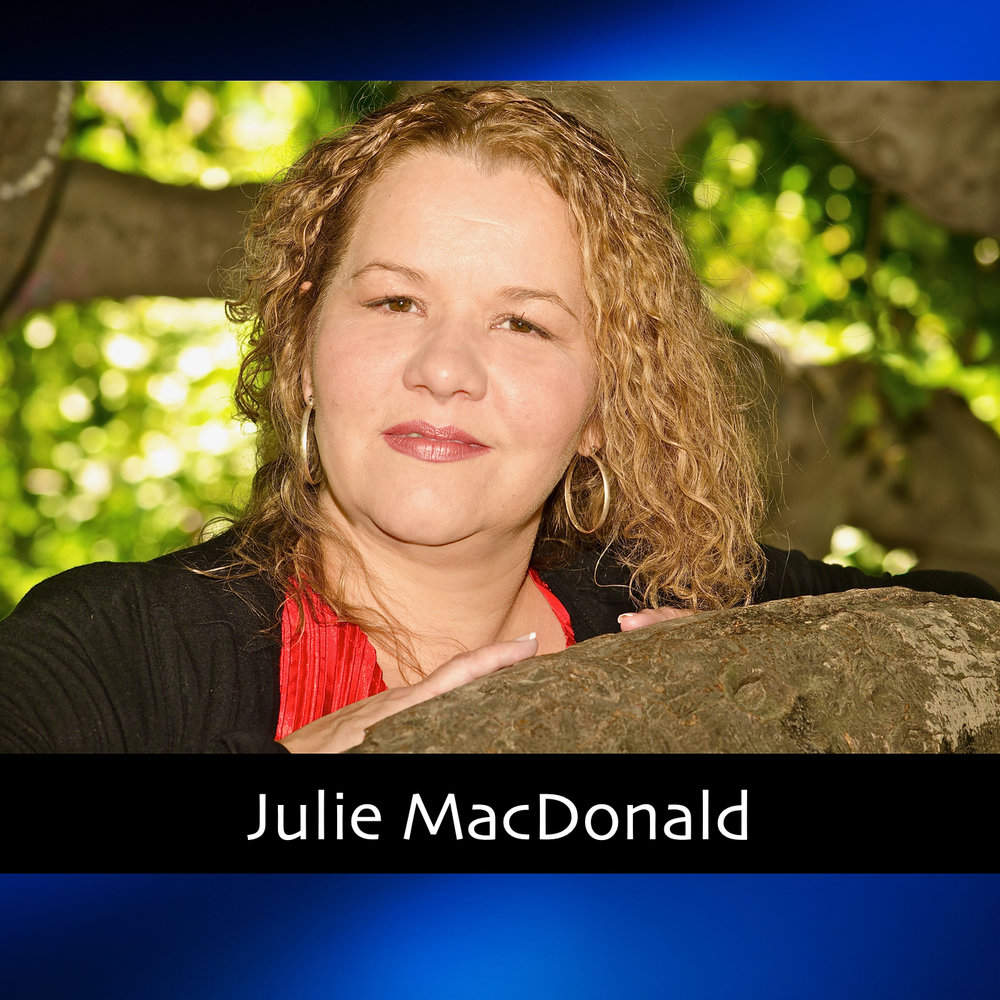 Julie Macdonald Thumb.jpg