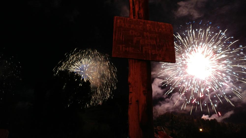 Stmbt Fireworks.png