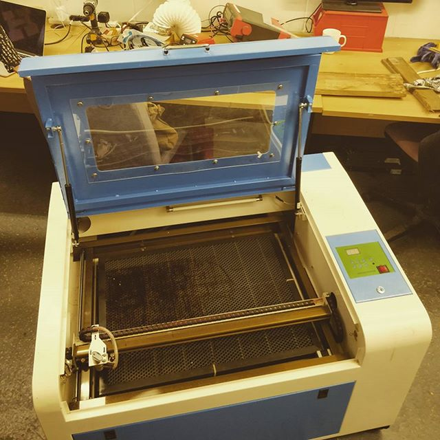 700x500mm #lasercutter. The latest addition to the #hackspace courtesy of @patrandle