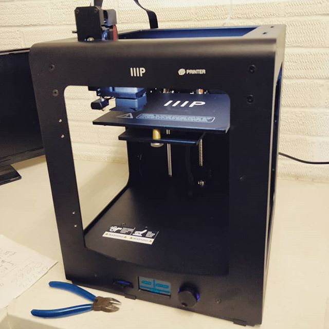 New 3D printer at the space...