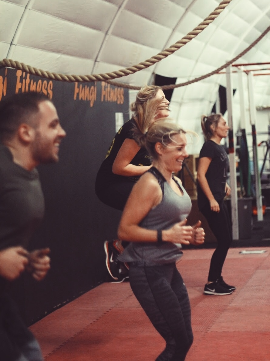 Morning MetCon - Pre-work conditioningA Multilayered class, conditioning the whole body with a combination of mobility, structured sets and high intensity circuits
