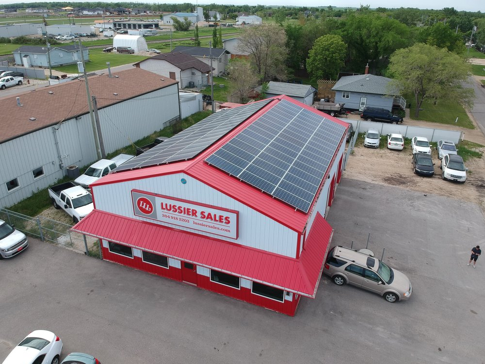 Example 30kW Commercial Roof Mount.JPG