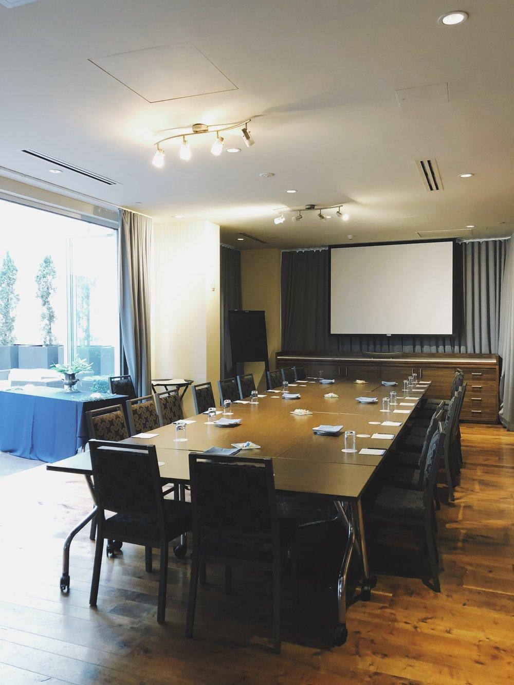 Club Room Conference Set.jpg
