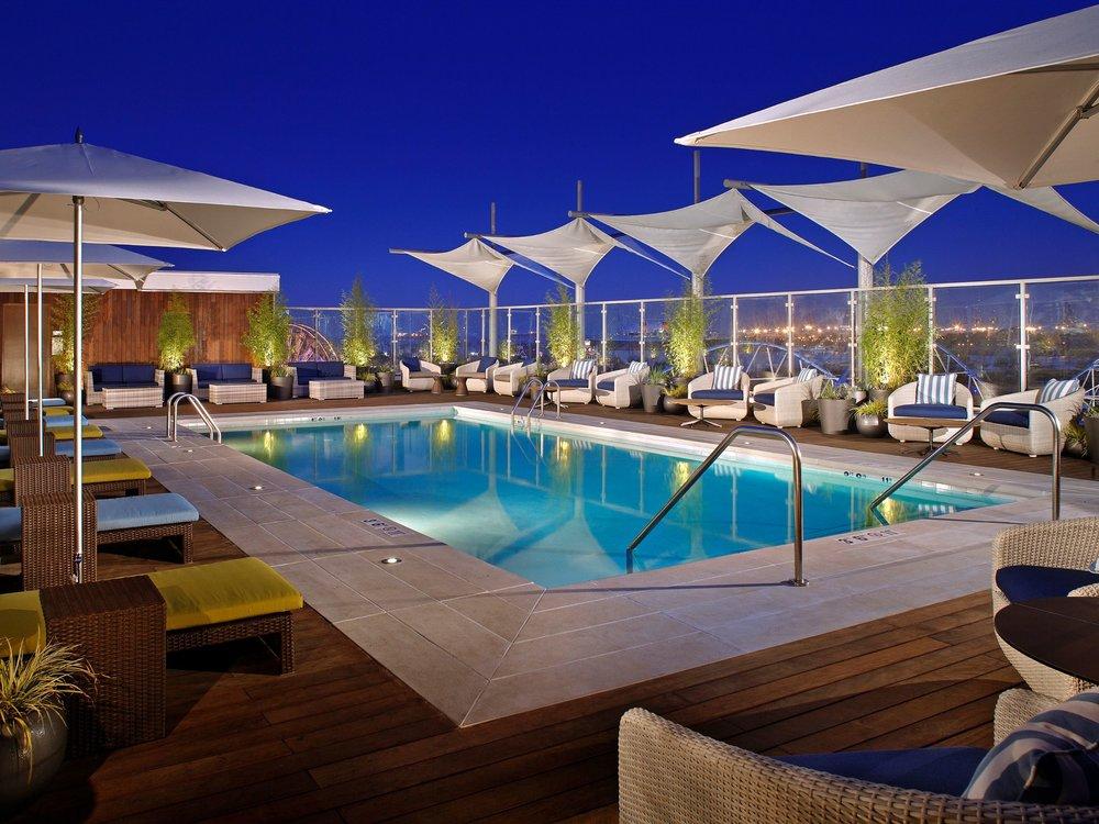 Hyatt-Centric-The-Pike-Long-Beach-P027-Rooftop-Pool.4x3.jpg
