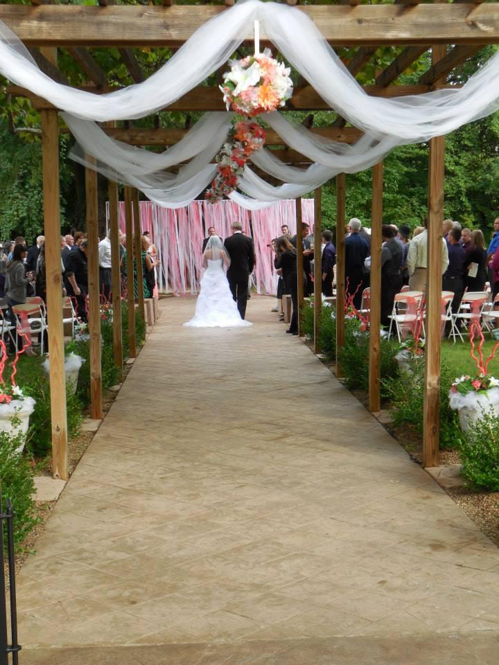 weddings and events at mallinson vineyard and hall sugar creek mo.jpg