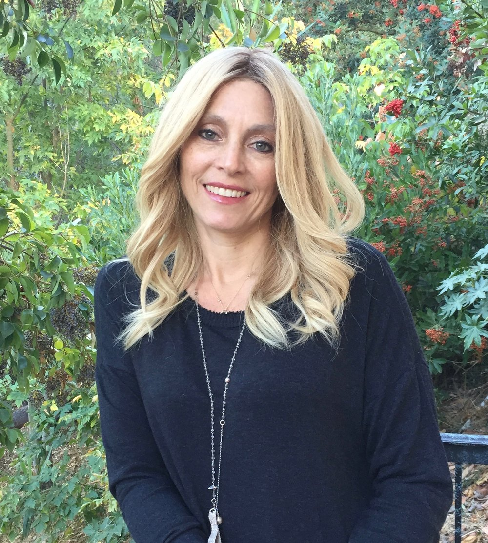 Watch Vanessa Claudio video