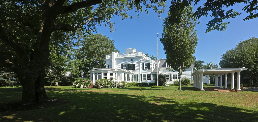 Southold Historical Museum Rogers Mansion by Jeff Heatley 2013