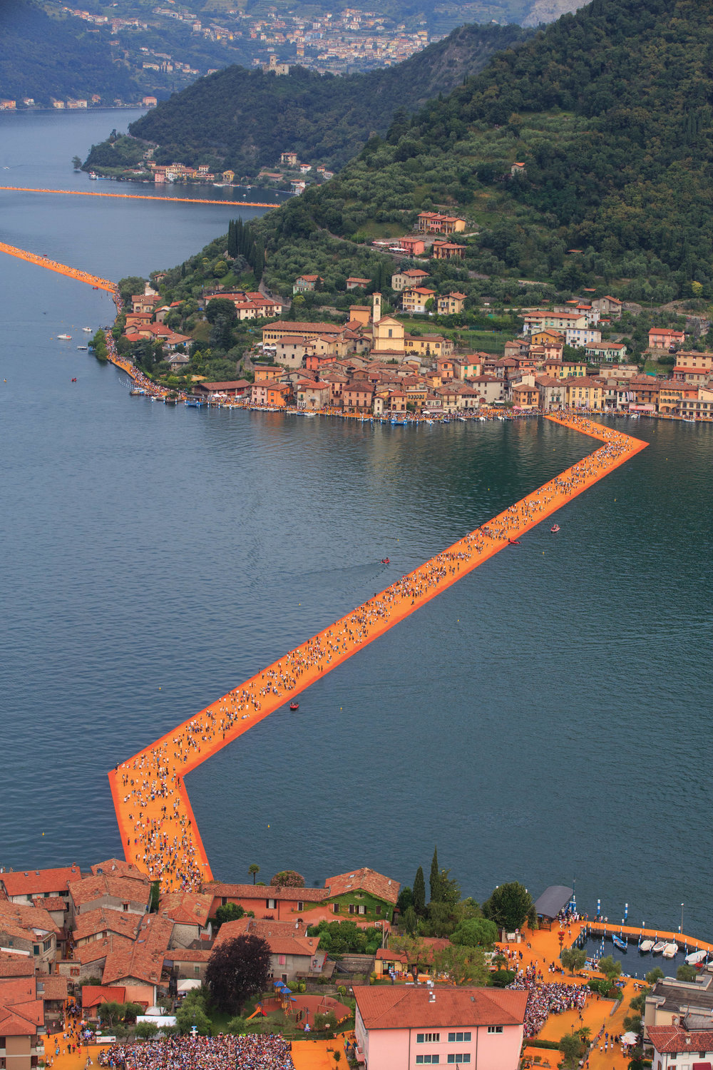 CHRISTO-FLOATINGPIERS-2016©LAMB-1372.jpg
