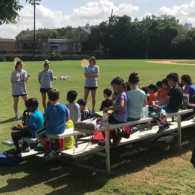 We're expanding!!! @houstondash players @racheldaly3, @veronica.latsko, and @agnew_lindsay sharing their stories with the @ymcahouston summer soccer camp. Shout out to @kmewis19 for running the show for us down there on crutches 🤗⚽️💎