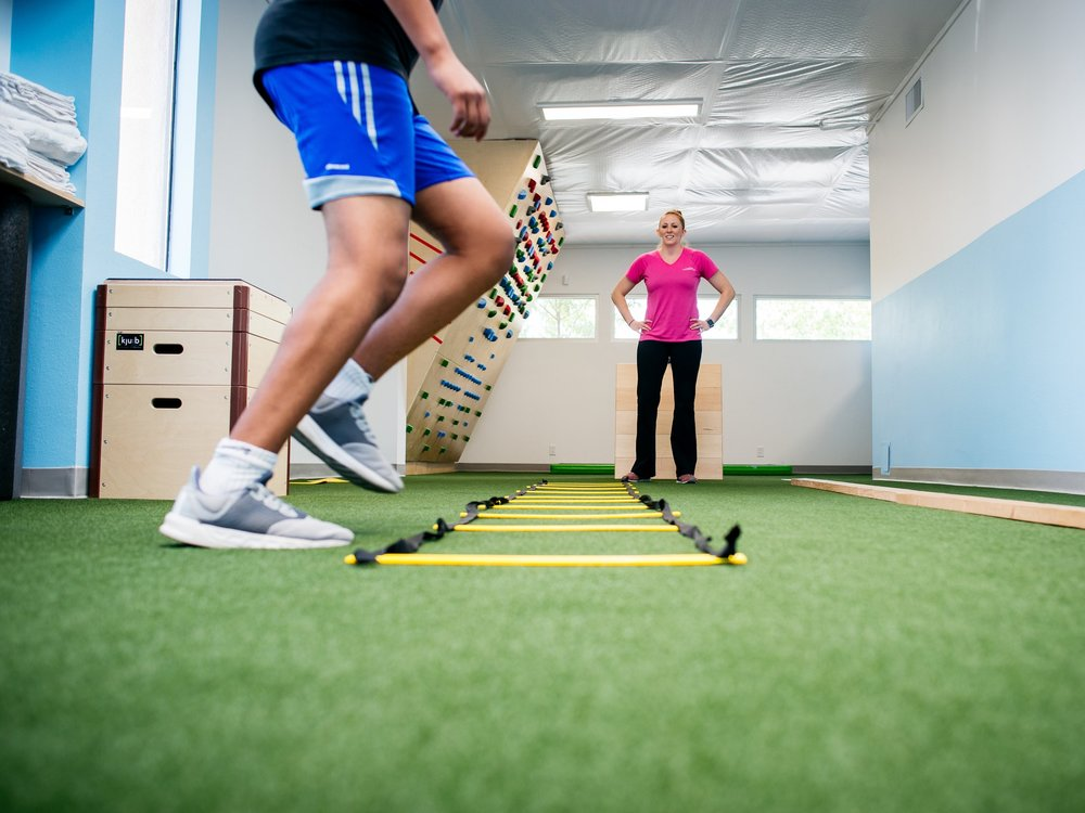 Knee pain and injury physical therapy at Langford in Albuquerque