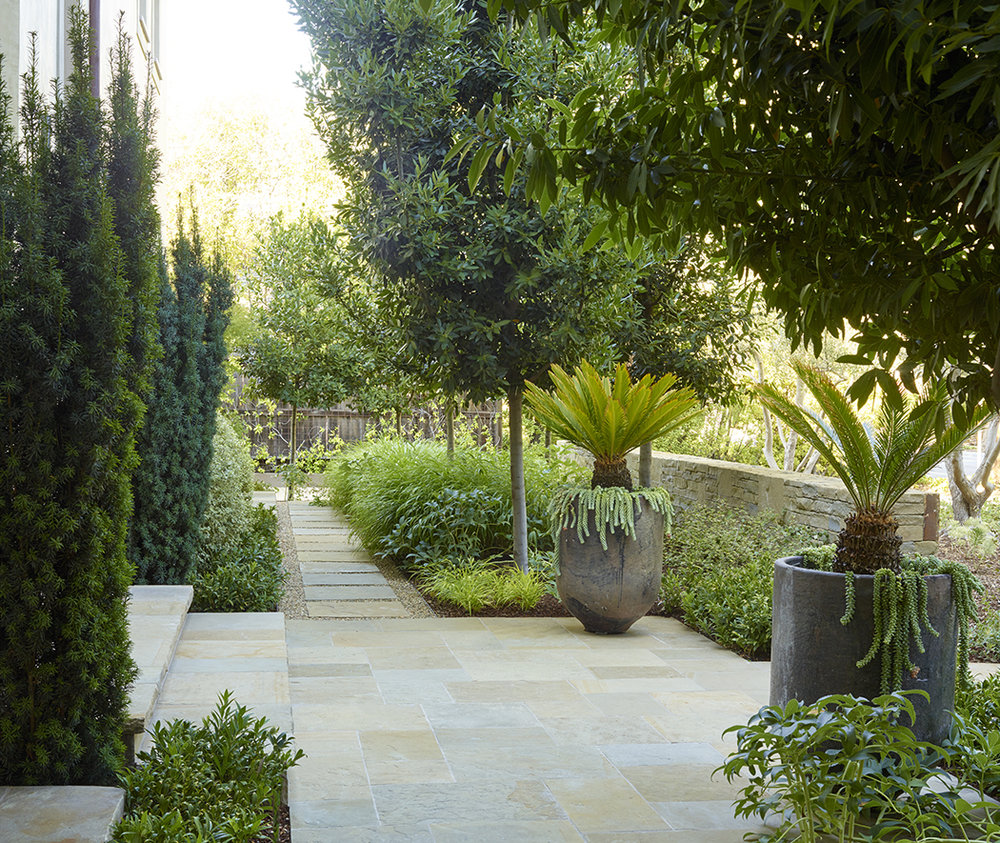Design: Blasen Landscape Architecture Photography: Marion Brenner