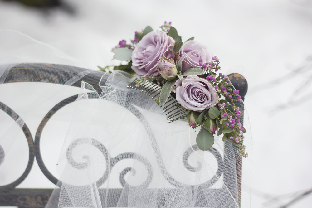 Flowers to adorn the brides hair