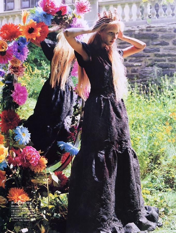 SBStudio_editorial_Japanese_Vogue_Sept_06_Carter_Smith_1.jpg