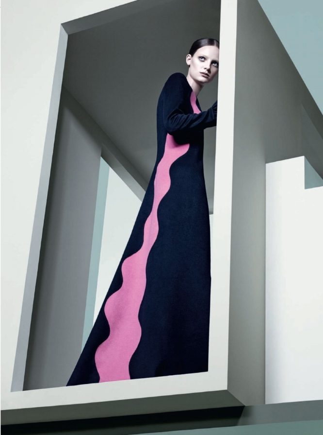 SBStudio_Editorial_Italian_Vogue_AUG_2014_Craig_McDean_3.jpg