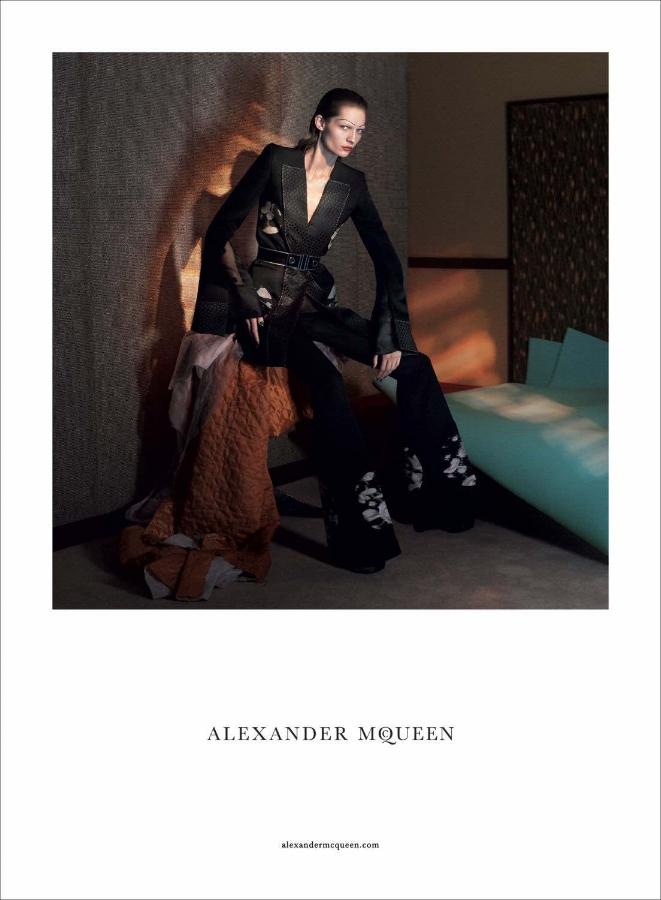 Stefan Beckman Studio_McQueen_SS15_DavidSims_5.jpg