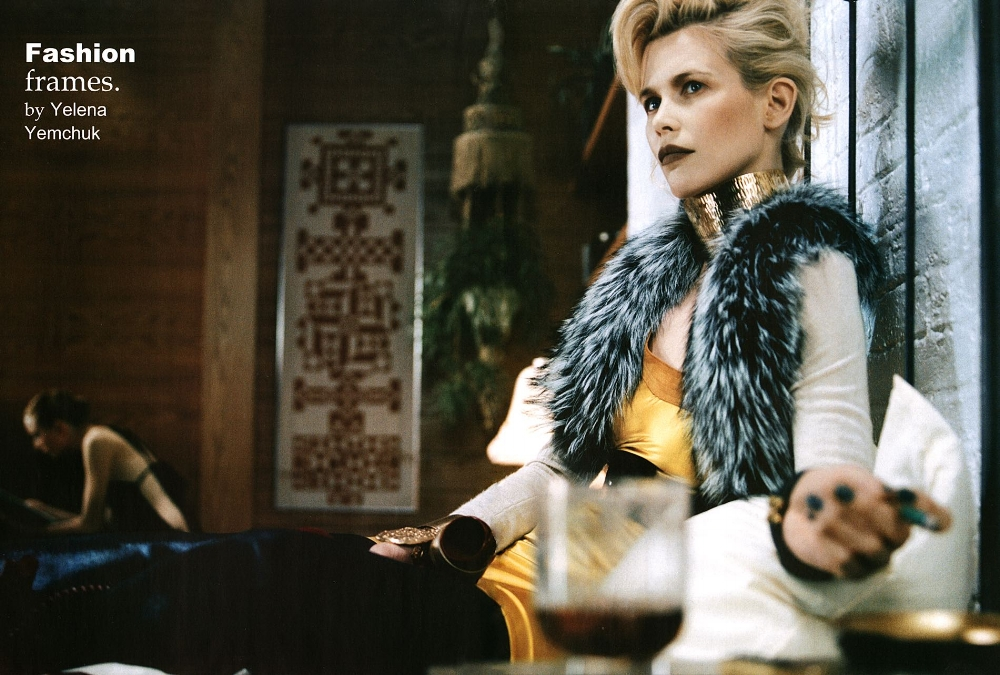 SBStudio_Editorial_Italian_Vogue_SEPT_2006_Yelena Yemchuk_4.jpg