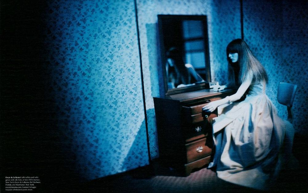 SBStudio_Editorial_WMagazine_MAR_2006_Paolo_Roversi_2.jpg