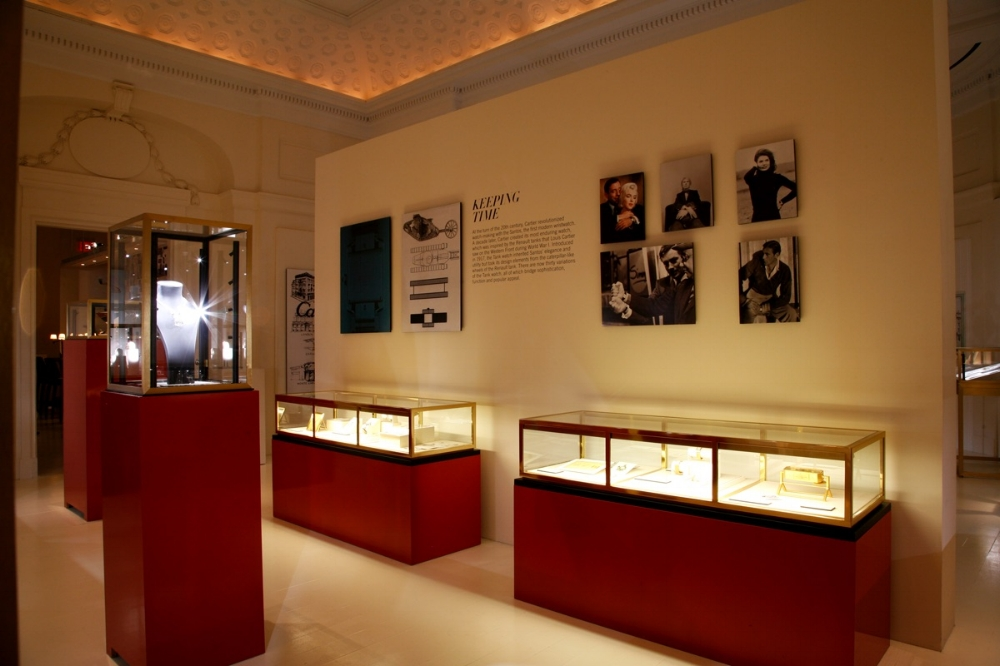 SBSTUDIO_EXHIBITION_CARTIER_100_YEARS_IN_AMERICA_2.jpg