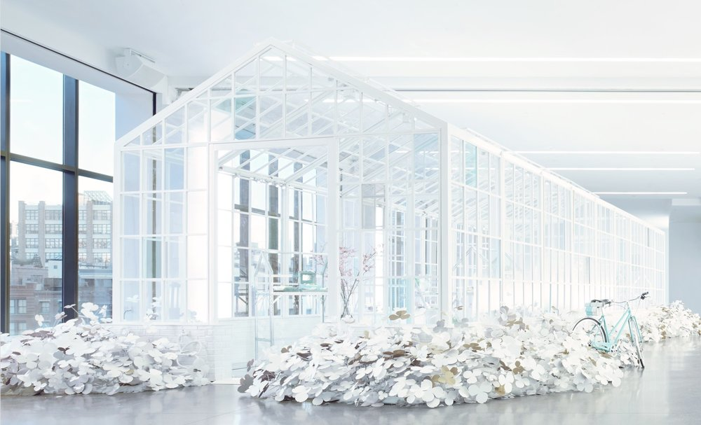 SBStudio_Installation_Tiffany_co_paper_flowers_1.jpg