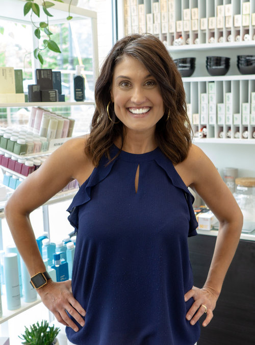 Lisa Marie Anguilm | Salon Apprentice and Assistant