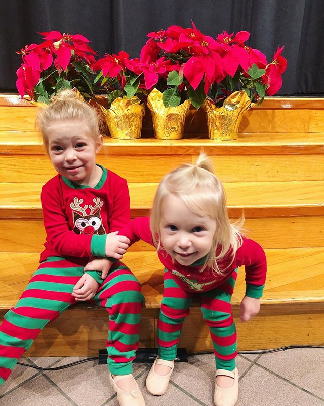 Merry Christmas from my little dancers. 🎄