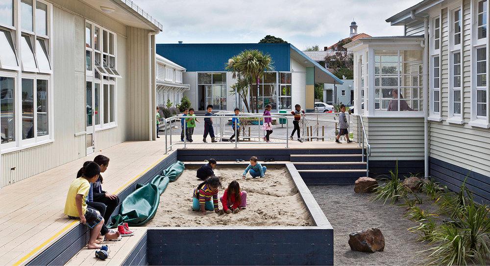 Kahurangi_School_Landscape_Architecture_Raingarden.jpg