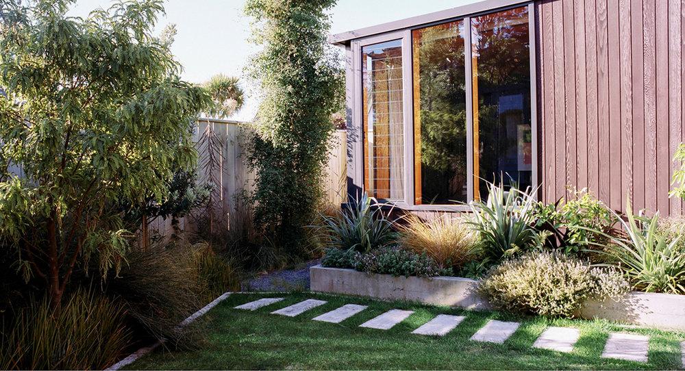 Local_Landscape_Architecture_Residential_Planting_Corner_Garden.jpg
