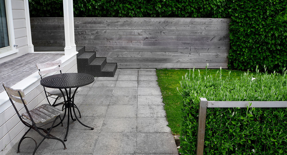local_Landscape_Architecture_Kelburn_Retaining_Lawn_Courtyard.jpg