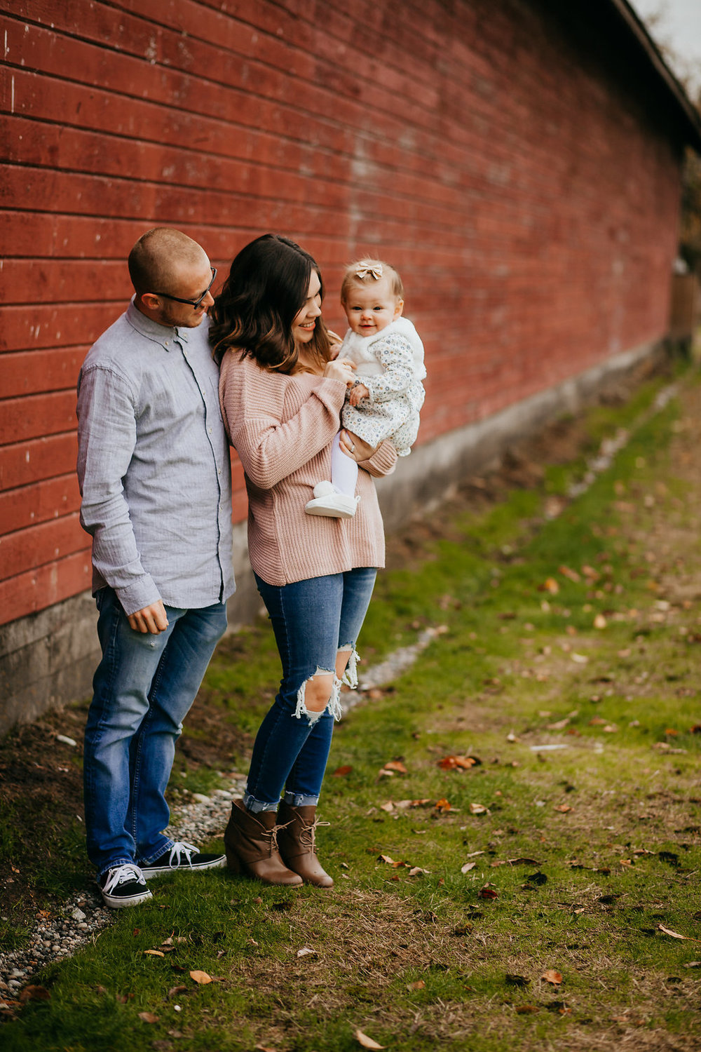 professional family photo photographer in logan utah calli richards fall session